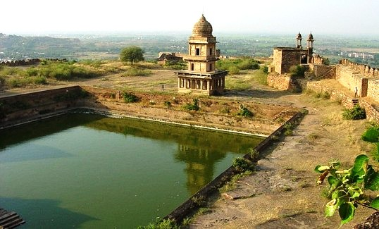 Image result for surajkund of gwalior in hd